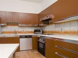 Rinnovare la cucina senza cambiarla bricoportale fai da for Rinnovare mobili cucina