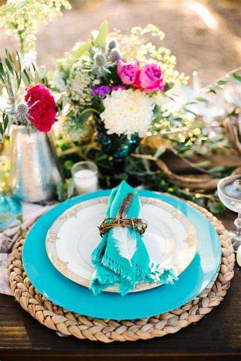 picture   colorful tablescape  turquoise plates