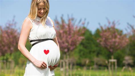 bebe bouge beaucoup 6 mois grossesse 9eme mois de grossesse bebe bouge beaucoup 28 images 17 meilleures id 233 es 224 propos de