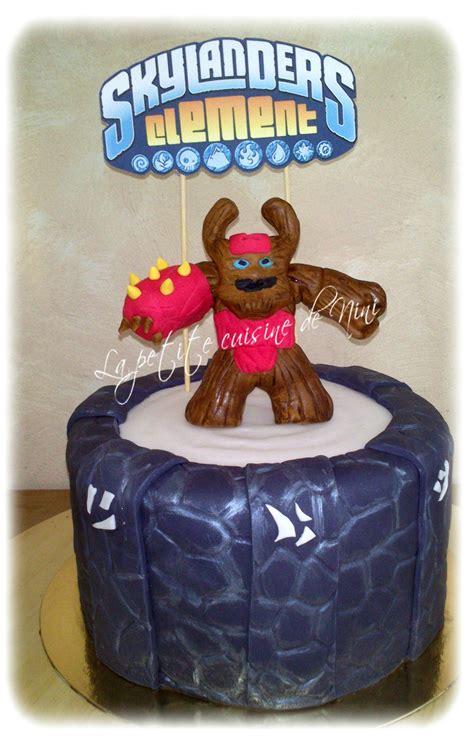 gateau d anniversaire herve cuisine gâteau d 39 anniversaire skylanders la cuisine de nini