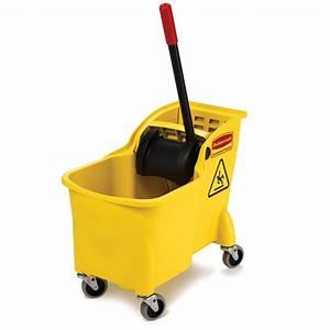Shop Rubbermaid Commercial Products 31-Quart Plastic Mop