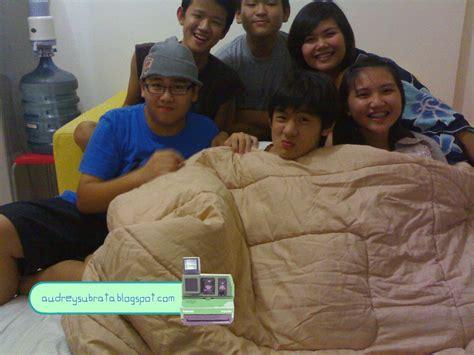 Geng Maen Air On Pajamas Party
