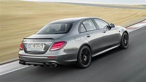 Mercedes E 63 Amg : 2018 mercedes amg e63 boasts amg performance 4matic awd drift mode lots of hp autoevolution ~ Medecine-chirurgie-esthetiques.com Avis de Voitures