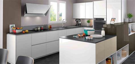 modele de cuisine moderne cuisines équipées modernes sur mesure entièrement personnalisables mobalpa