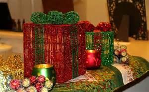 DIY Christmas Table Decorations