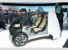 Honda unveils NeuV and Riding Assist concepts at 2017 CES