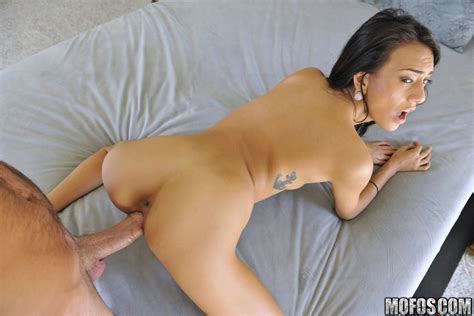 Horny Teen Janice Griffith Calls Her Boyfriend Up Of