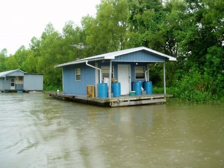Fishing Pontoon Boats For Sale In Louisiana by House Barges For Sale Louisiana House Boat Houseboat