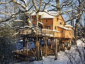 Cabane En Bois : cabanes en bois dans les arbres kitmaisonbois kit ~ Premium-room.com Idées de Décoration
