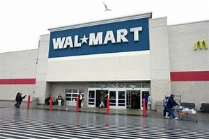 Walmart Offers Banking Services  Wants Customers To Save Money