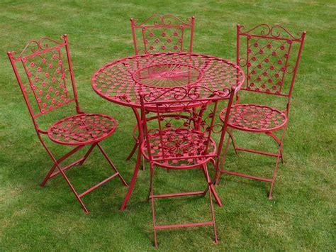 table ronde avec quatre chaises en fer forg 233 motif fleur