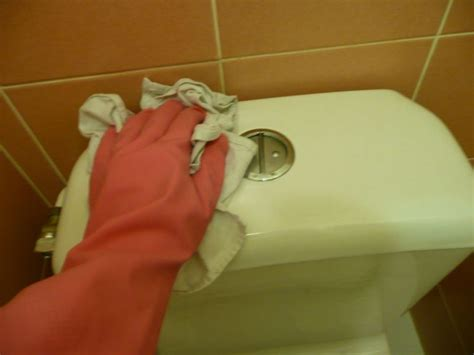 voici la bonne routine pour garder une maison propre et bien entretenue c est fait maison