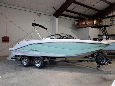 Jet Boat Yacht by 2018 Scarab 215 Jet Boat Power Boat For Sale Www