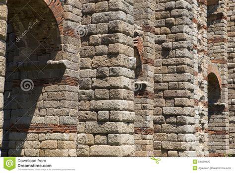 granite ashlar of merida aqueduct