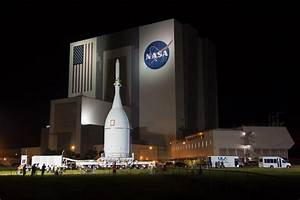 NASA's first Orion capsule delivered to launch pad ...