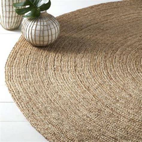kleine runde teppiche sehen  suess aus