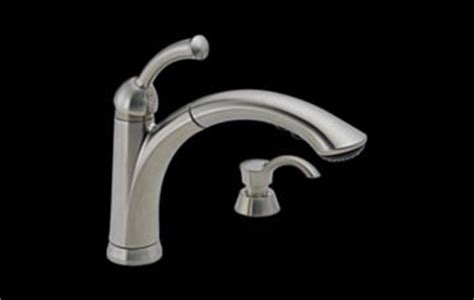 delta lewiston pull out kitchen faucet 16926 sssd dst lewiston 174 single handle pull out kitchen