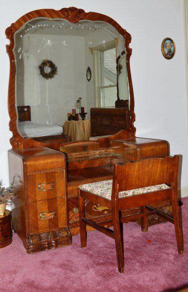 antique bedroom furniture 1930 1920 s waterfall bedroom set on in 2019 my bedroom 14019   ef1eb3eb1c94648b6f2a1fb5a7e4796a