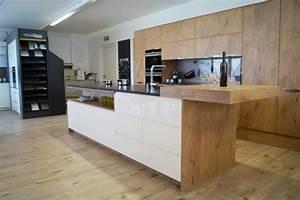 Moderne Küchen 2017 : moderne k che und landhausk chen mit 8 jahren service garantie ~ Michelbontemps.com Haus und Dekorationen