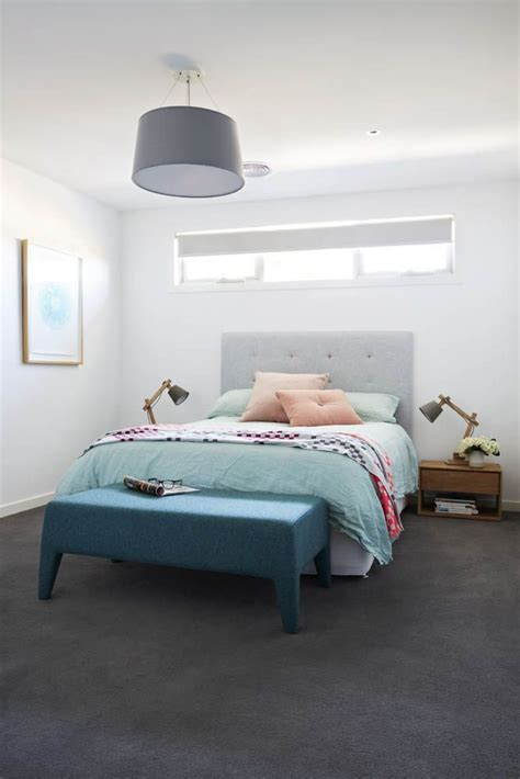 Grey Bedroom Carpet Uk by Grey Carpet Crisp White Walls And A Pop Of Colour In