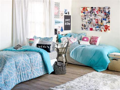 Zimmer Dekoration Ideen by Room Decorating Ideas Decor Essentials Hgtv