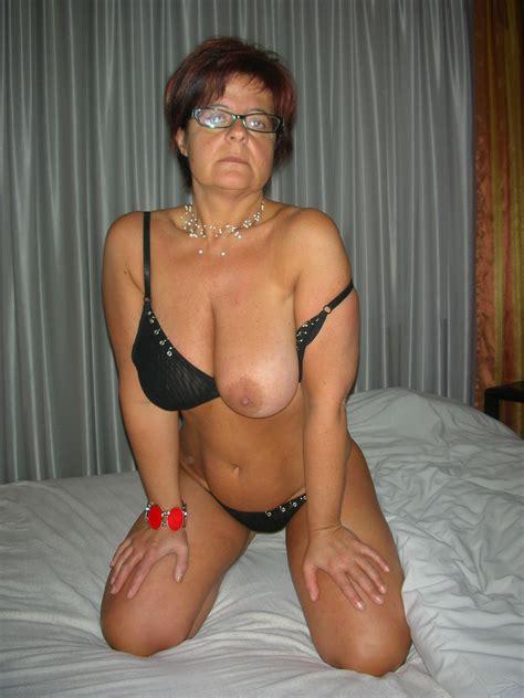 Italian wife   Mature Porn Photo