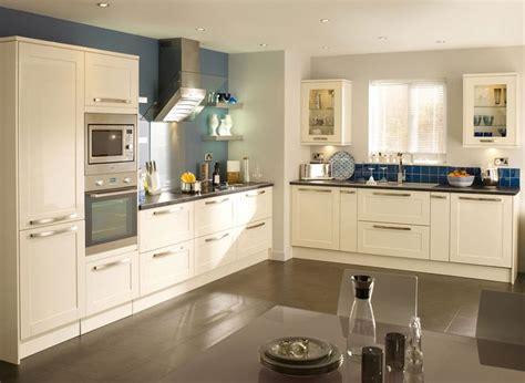 cream gloss kitchens images  pinterest cream