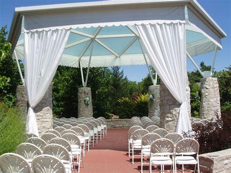 Butterfly House Missouri Botanical Garden outdoor wedding ceremonies