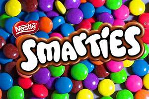 The candies-chocolate battle: m&m's, KitKat, Kinder Bueno ...  Smarties