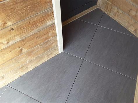 carrelage 2 cm epaisseur dalle artens carrelage ext 233 rieur 2 cm gris anthracite effet beton us 233 carra