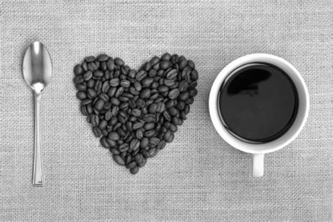 A constant stream of sugar from the milk in a large coffee is adding a significant number of calories into your diet, and studies have also this way you still get the caffeine hit and other potential benefits of the coffee without the calories. 20 Foods Under 40 Calories: Stock Your Fridge With Ultra Low Calorie Foods To Lose Weight ...