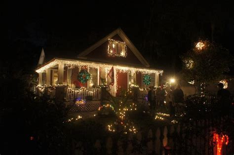 best christmas lights in florida best christmas lights in orlando 39 s neighborhoods orlando