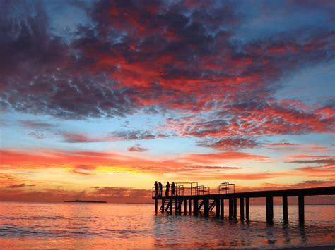 dazzling sunset maldives