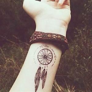 Tatouage Attrape Reve Homme : 38 small dreamcatcher tattoo placement ideas ~ Melissatoandfro.com Idées de Décoration