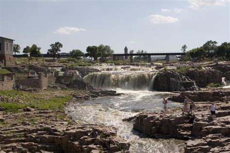 Falls Park (sioux Falls)  2018 All You Need To Know