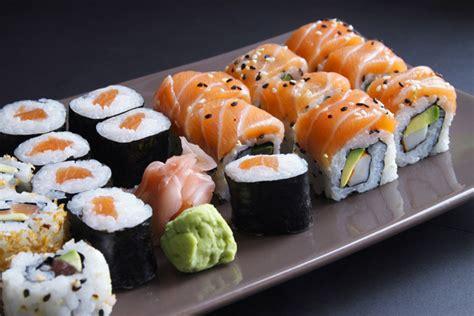 materiel cuisine japonais le matériel nécessaire pour réaliser vos sushis maison