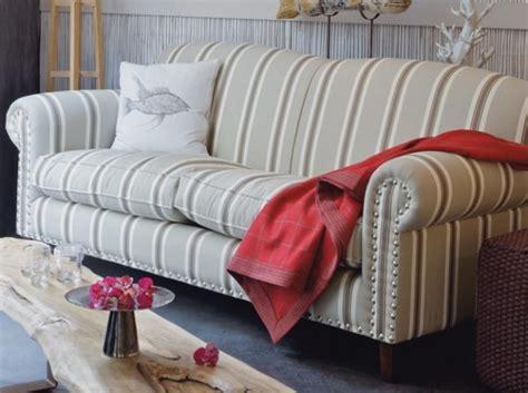 canapé style anglais fleuri photos canapé anglais tissu
