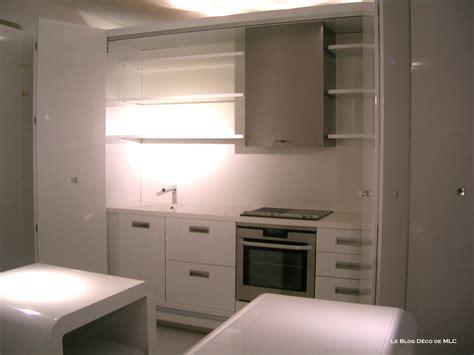 portes placards cuisine cuisine équipée aménagée ouverte ou fermée