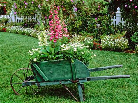 Yard Decorations by 25 Beautiful Backyard Landscaping Ideas And Gorgeous