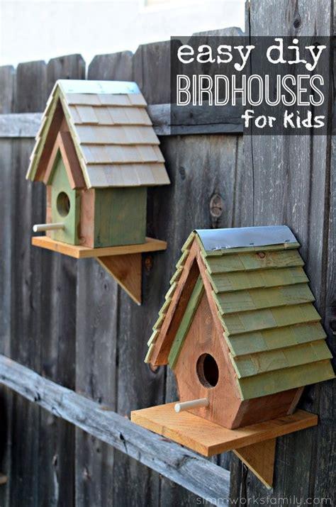 chickadee nuthatch wren bird house plans images pinterest bird houses