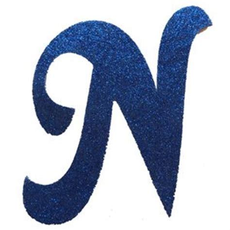letra cursiva em gliter n azul letras
