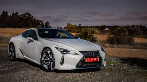 lexus lc   flagship coupe   looker  bona