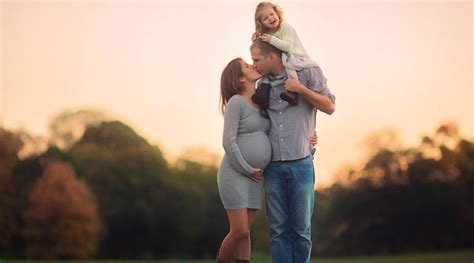 14359 professional photography poses ideas for boys a maternity shoot by n y c photographer emily burke