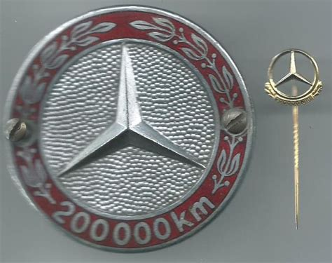 Was Ist Ein Badge by Mercedes 200 000 Km Badge And 200 000 Km Silver Plated Pin