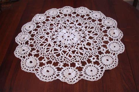 napperon au crochet fils en folie de lilou tricot crochet dentelle couture broderie