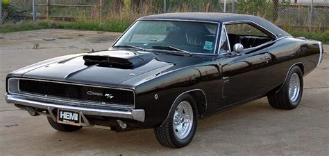 real american muscle cars    dodge charger