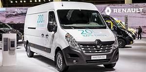 Geste Commercial Renault : renault adds updated kangoo ze new master ze to electric ~ Medecine-chirurgie-esthetiques.com Avis de Voitures