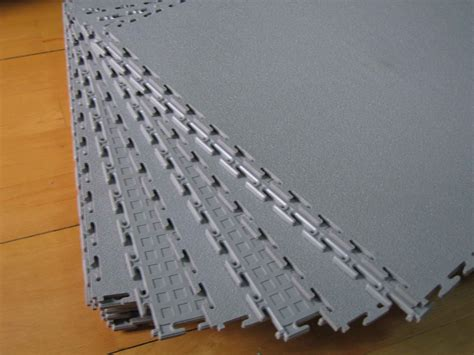 china pvc interlocking tile 500 x 500 x 7mm photos
