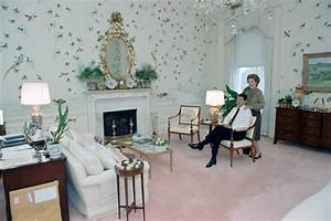 Interiors: White House residence bedroom during the Reagan ...