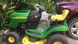 John Deere L100 5 Speed Lawn Tractor